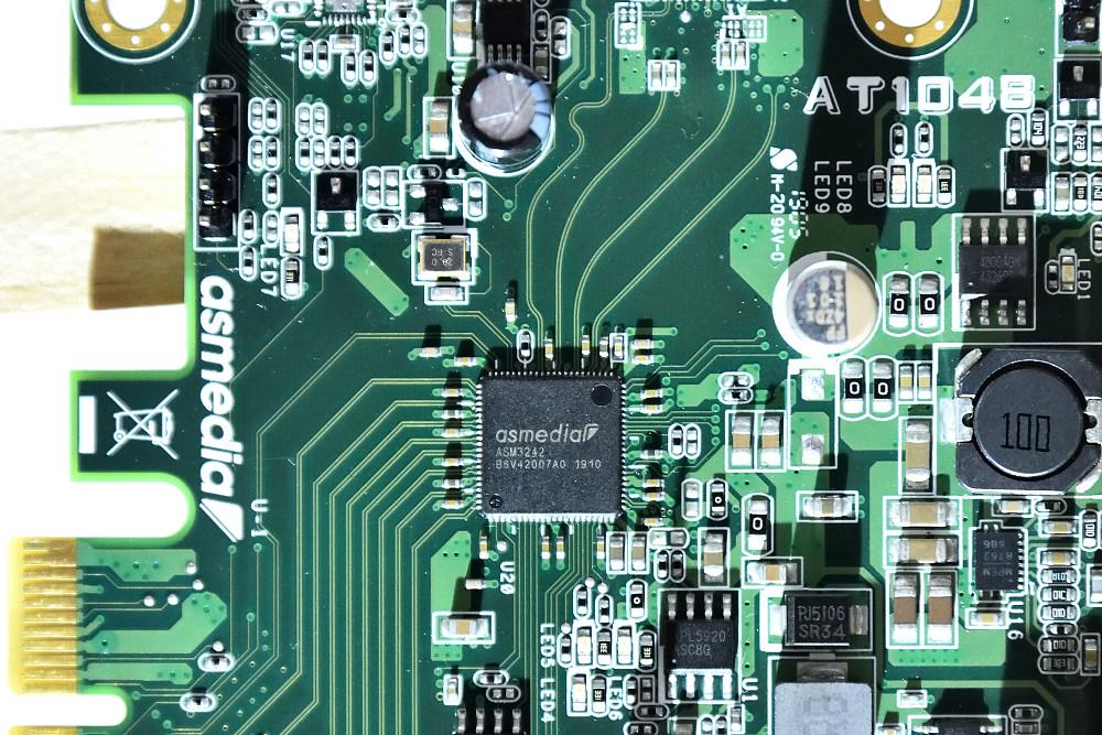 GIGABYTE GC-USB 3.2 GEN2X2 (2).jpg