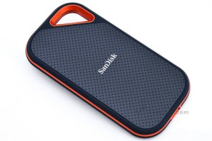 SanDisk Extreme PRO Portable SSD (6).jpg